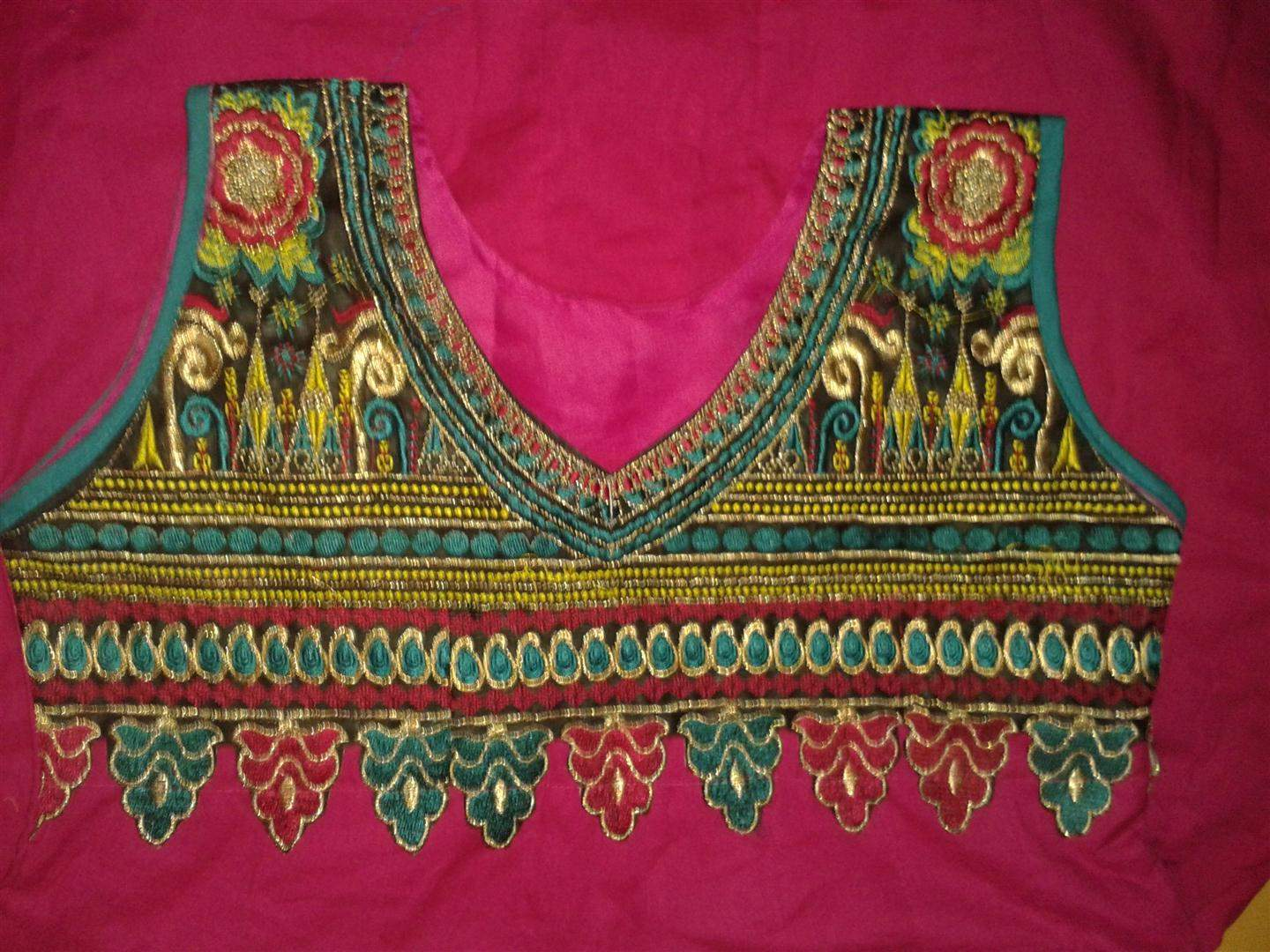 http://img.techshristi.com/images/embroideryshristi/20140129193258large.jpg