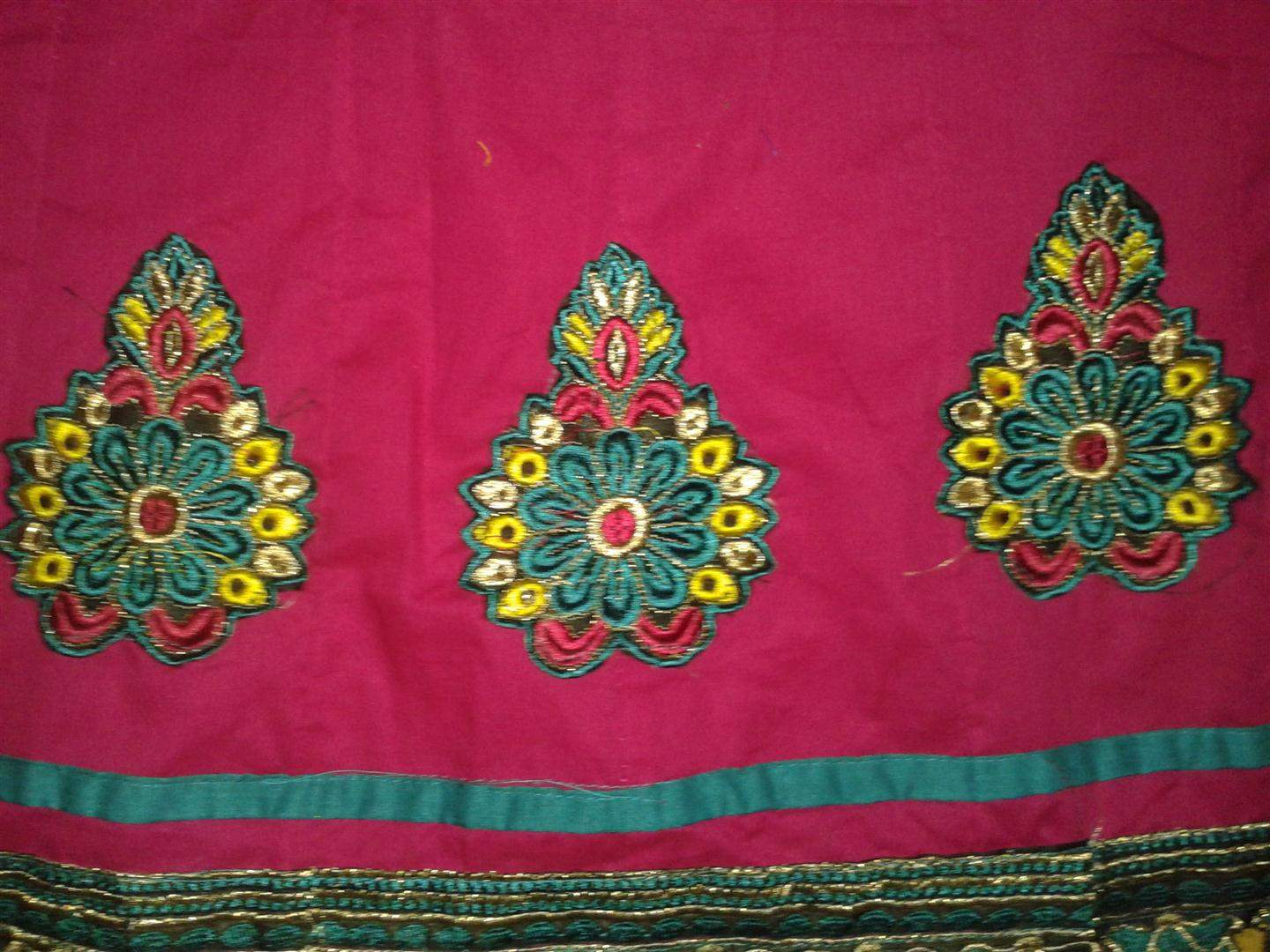 http://img.techshristi.com/images/embroideryshristi/20140129193427large.jpg