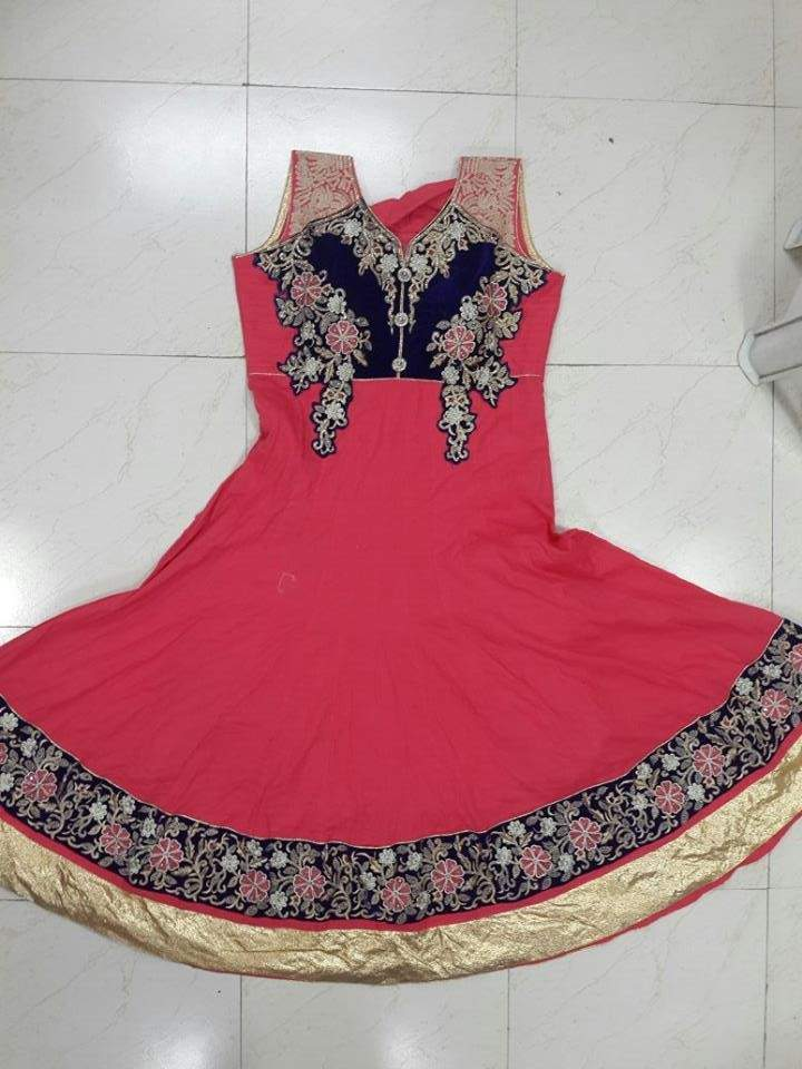 http://img.techshristi.com/images/embroideryshristi/dress3.jpg