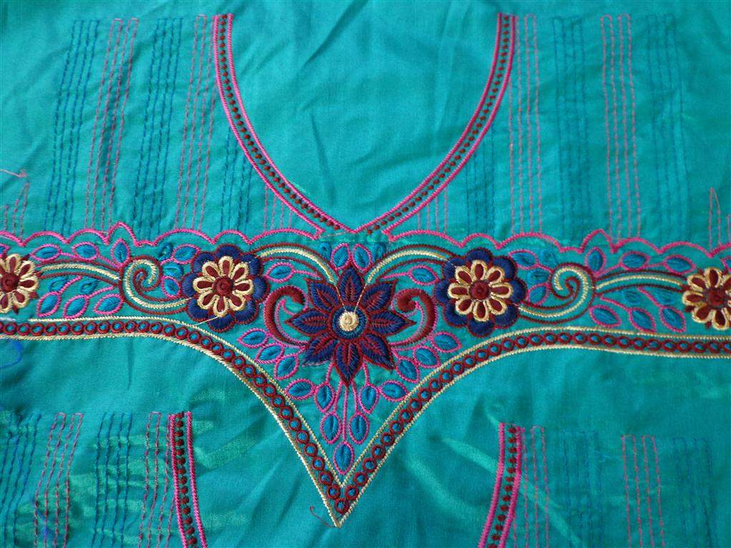 http://img.techshristi.com/images/embroideryshristi/dsc00242medium.jpg