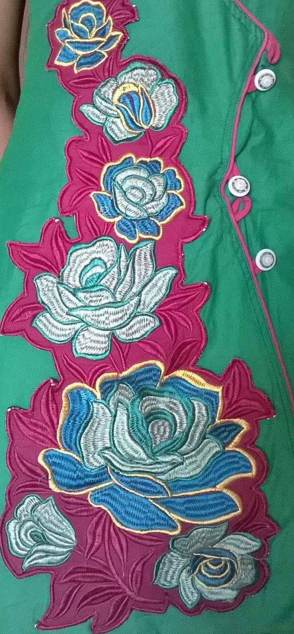 http://img.techshristi.com/images/embroideryshristi/redfloralproject.jpg